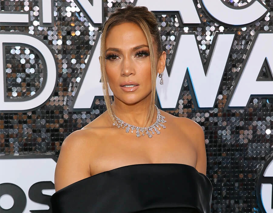 詹妮弗·洛佩兹 (Jennifer Lopez)