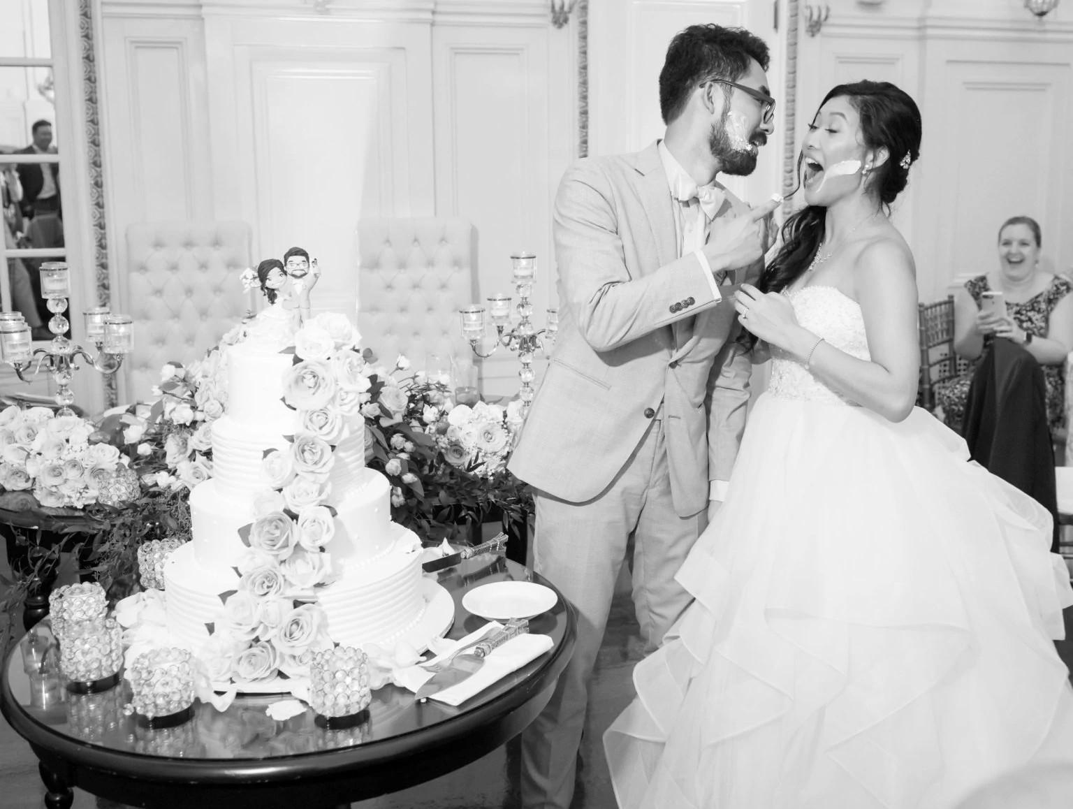 迪娜和凯切结婚蛋糕