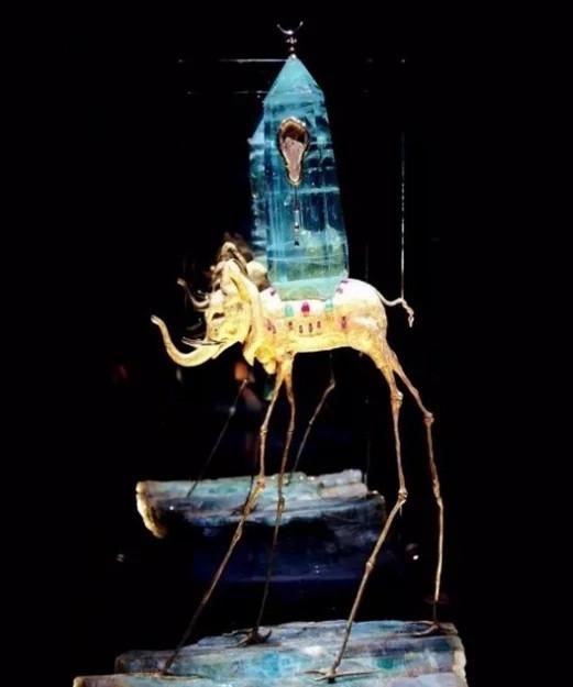 太空象天然钻石作品