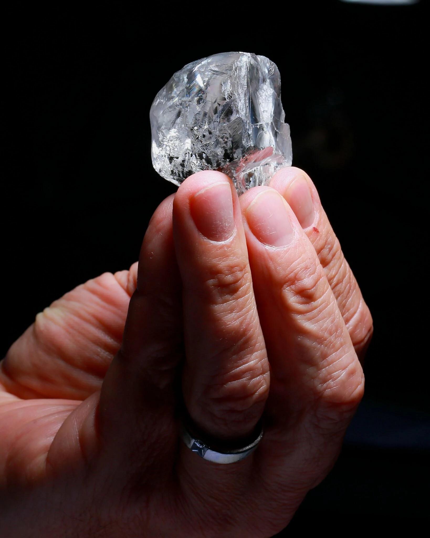 378克拉的天然钻石