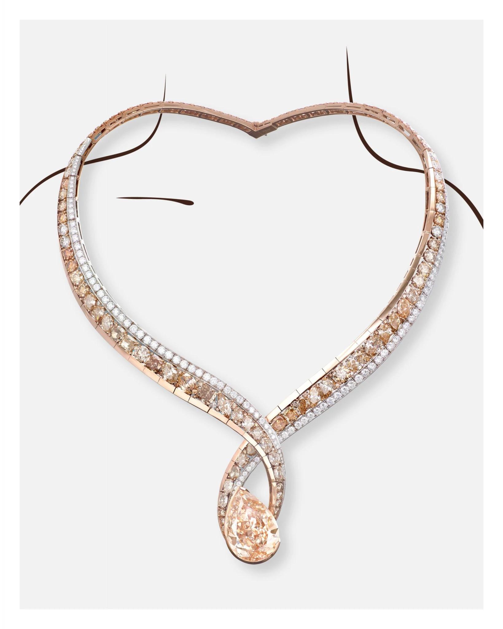 """胡茵菲为""""胡茵菲设计的第一件天然钻石珠宝"""